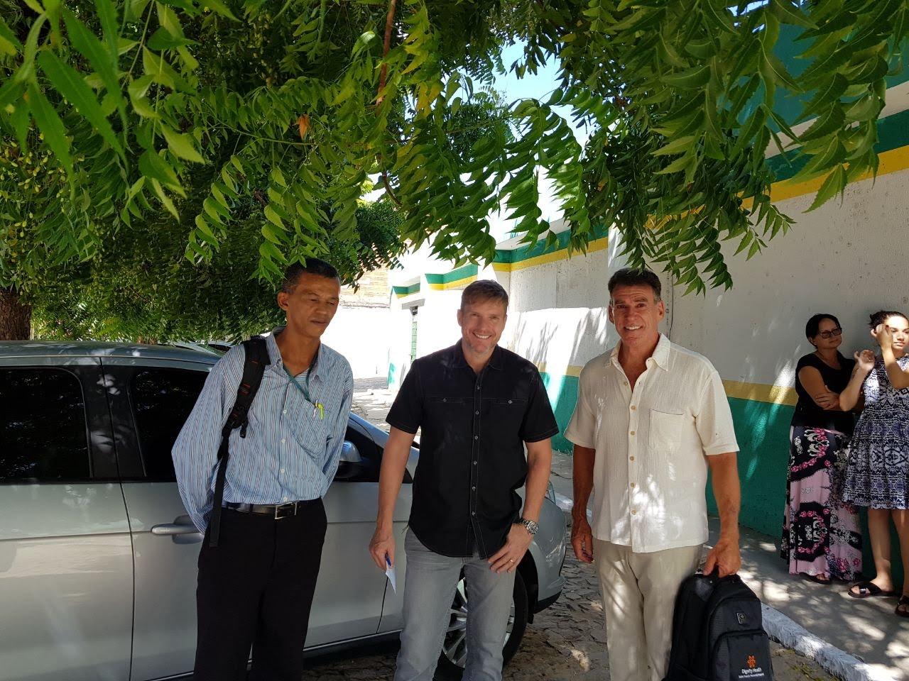 O Coordenador em nível de Brasil Sr. PAULO M. SEIDL, hoje, estiveram em Aquiraz, juntamente com o responsável Médico da Mission Serv o Dr. GERRY DUNPHY Cirurgião Americano a fim de firmar uma parceria na Área da Saúde.